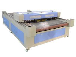 Лазер для резки ткани с автоматической подачей с 4 головами